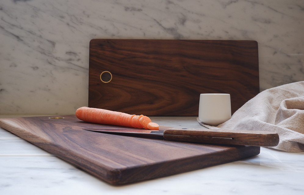 Essential 01- Cutting board walnut kitchen accessories by KITMO